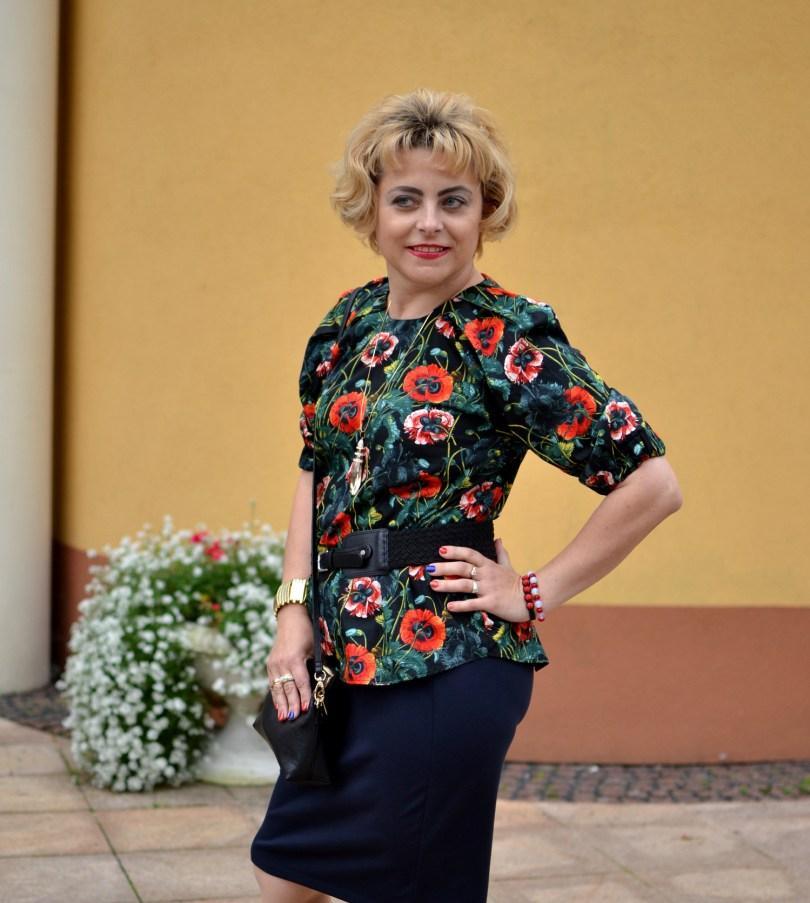 Romantyczna bluzka w kwieciste wzory