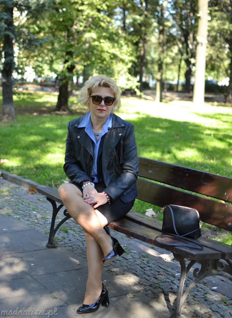 Elegancka stylizacja w parku