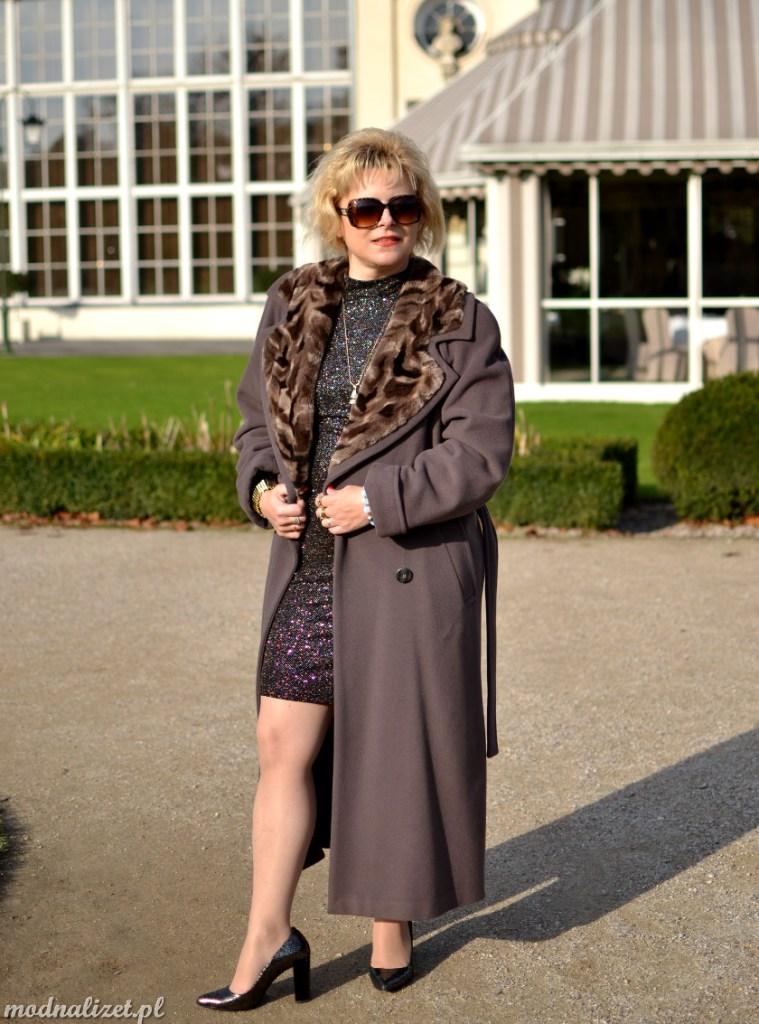 Mieniąca się sukienka Modna Lizet