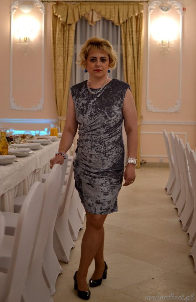 Sukienka wizytowa srebrna