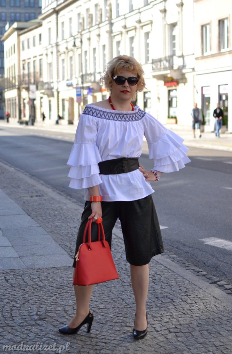Hiszpańska bluzka i spodenki czarne