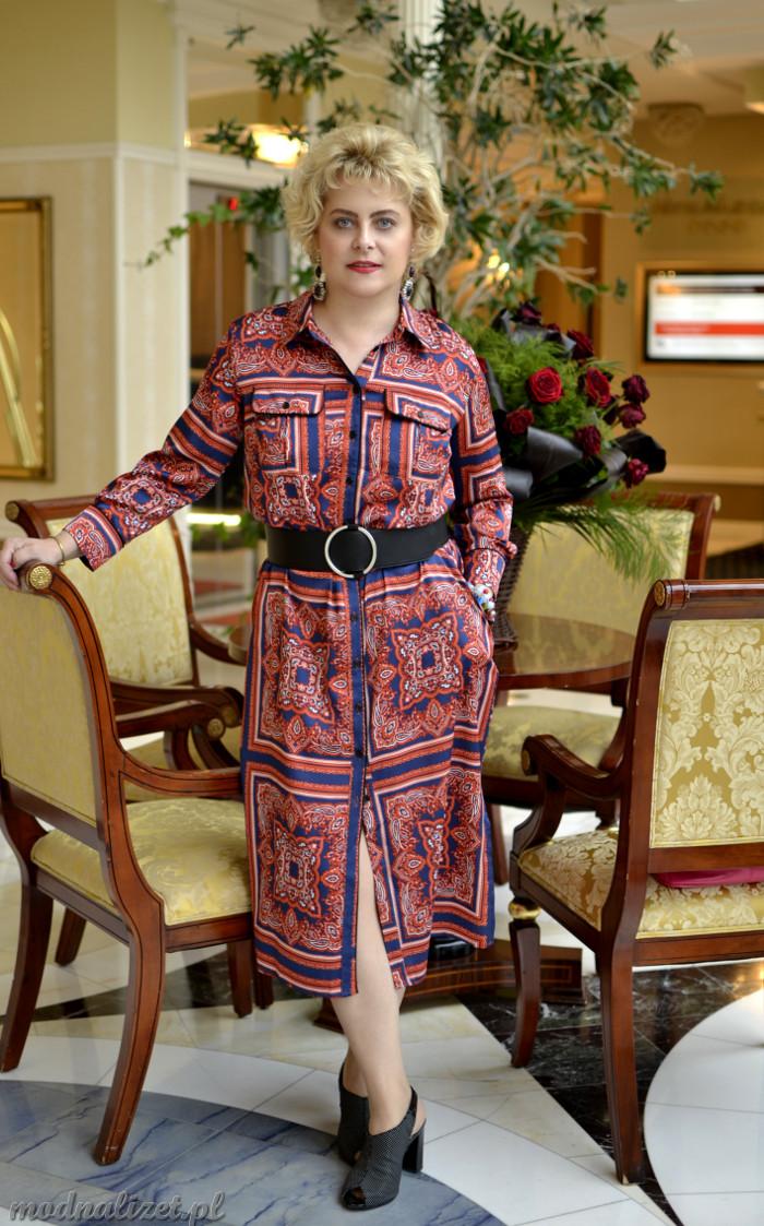 Cygańskie wzory na sukience