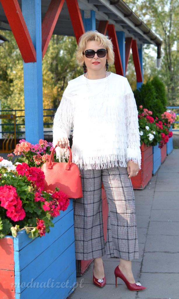 Szerokie spodnie w kratkę