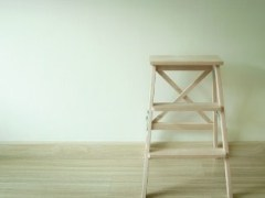 escaleras de madera de tijera