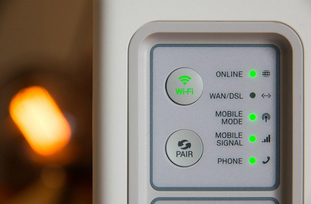 Stabilna internetska veza ključna je za moderan kućni ured i neometani rad.