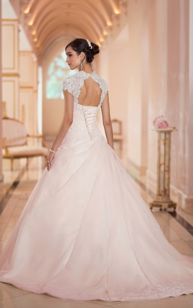 Glamorous Stella York Wedding Dresses 2014 Collection   MODwedding stella york wedding dresses 2014 5 01152014