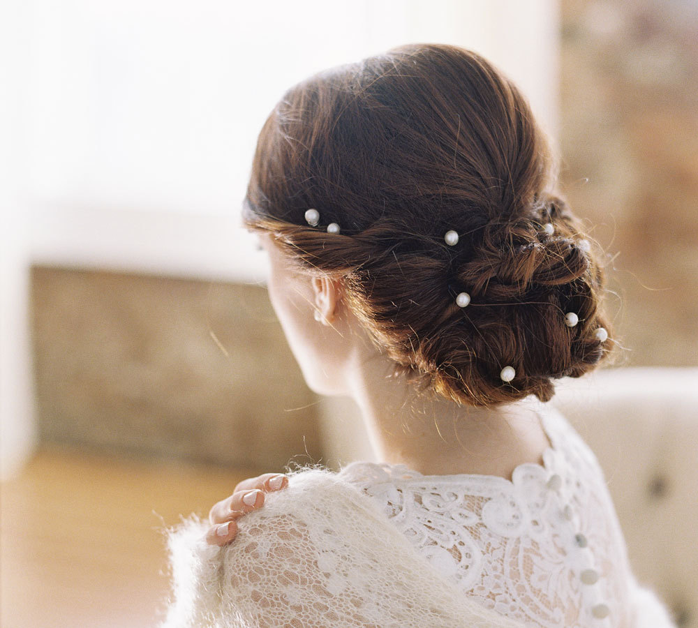 33 Wedding Hairstyles With Most Romantic Hair Accessories