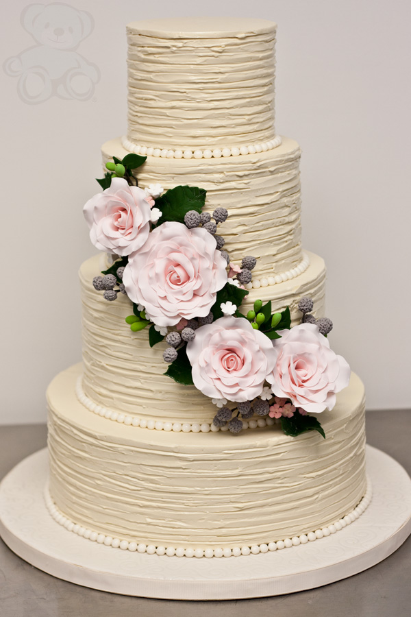 40 Wedding Cake Designs with Elaborate Fondant Flowers   MODwedding wedding cakes 18 02162014