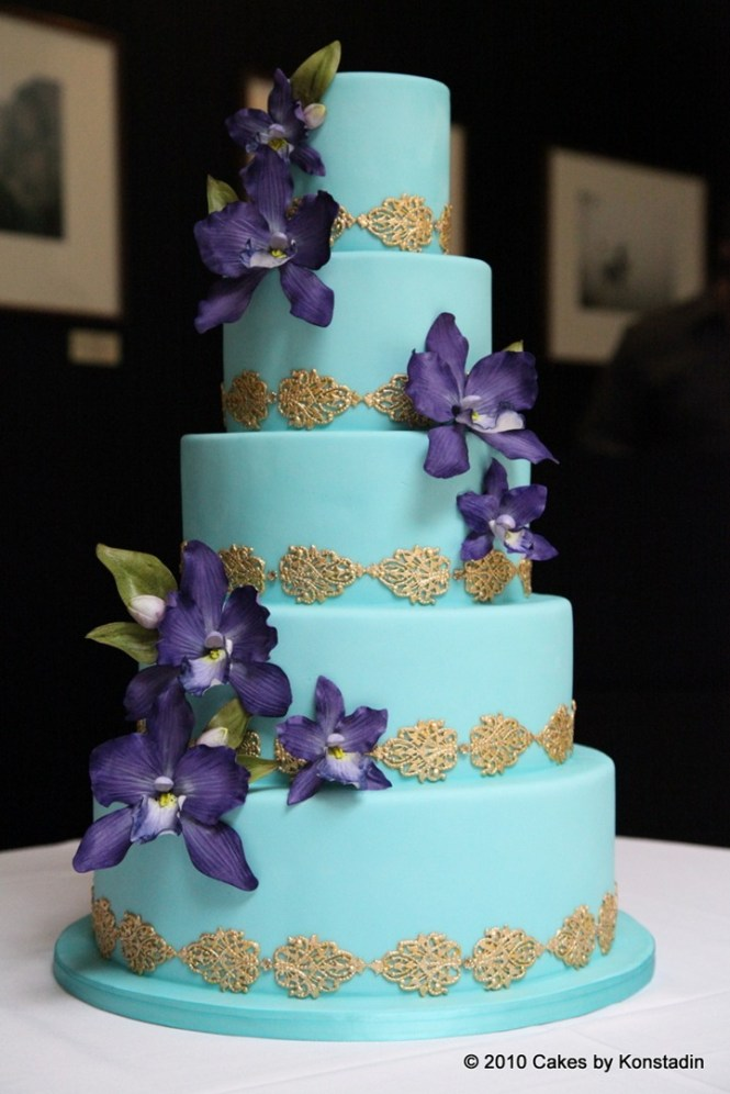 Baby Blue Silver Square Wedding Cake