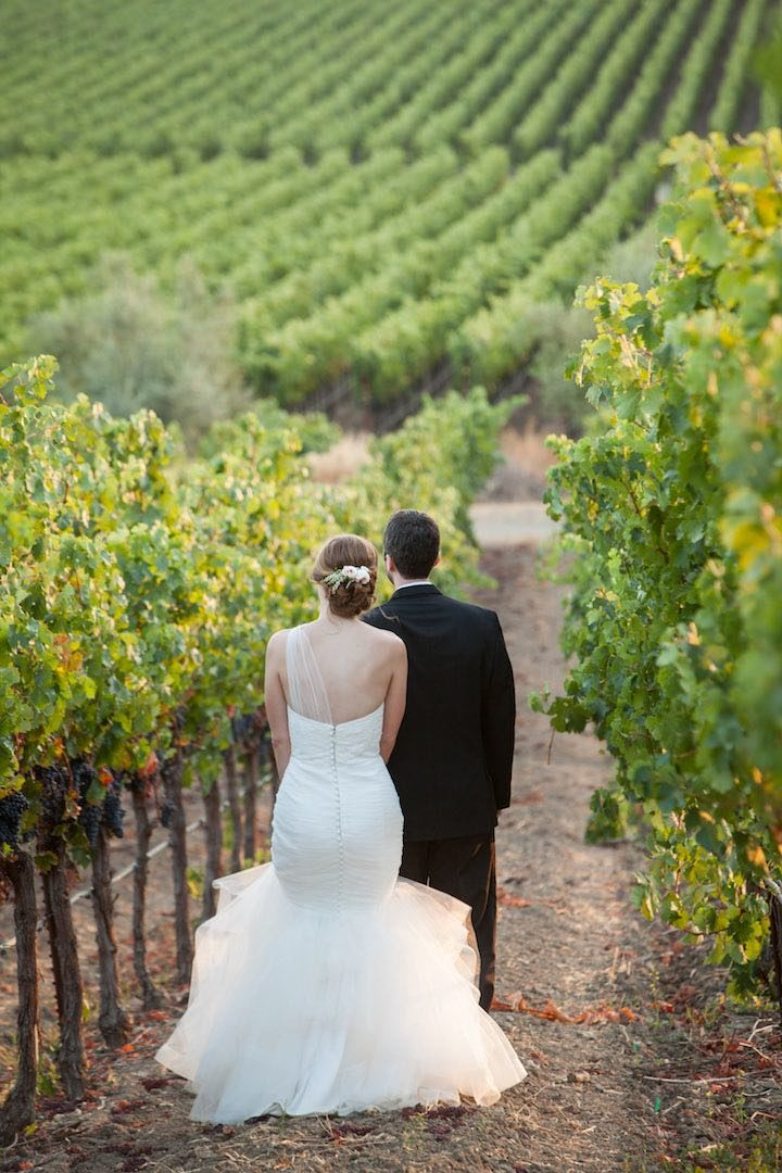 This Sonoma Wedding Gives Off Spring Vibes