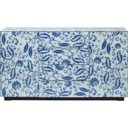 Kommode: Traumhaft schön Ein wundervolles Sideboard mit aufregenden Foliendruck in Blau und Weiß. Die Oberfläche ist mit spannenden Details versehen