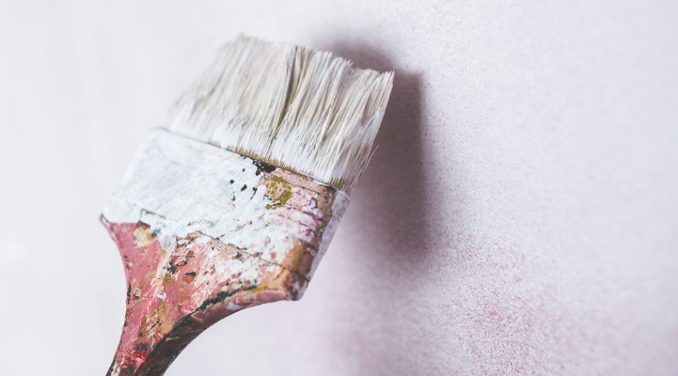 Einzimmerwohnung einrichten - Helle Farben streichen