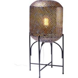 Stimmungsvoll wie eine orientalische Laterne: Stehleuchte Oasis sorgt dank ihres durchbrochenen Lampenschirms für feine Lichtmuster und eine märchenhafte Atmosphäre im Raum. Ideal für Lounge-Ecken