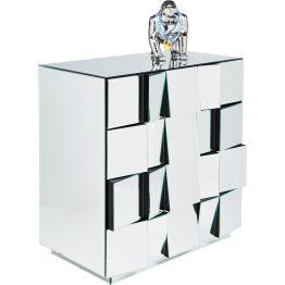 Kommode: Stylische Kommode in originellem Design Machen wir uns nichts vor – diese Kommode ist ein absolutes Glanzstück! Sie besticht mit ihrer außergewöhnlichen Optik und sorgt mit den verschiedenen Spiegelflächen für überraschende Effekte. Die effektvolle Kommode verfügt über vier geräumige Schubladen. Die Spiegelflächen an den Schüben sind dreidimensional angeordnet. Ein Objekt der Begierde! Und ein eindrucksvoller Eyecatcher in jedem Ambiente.