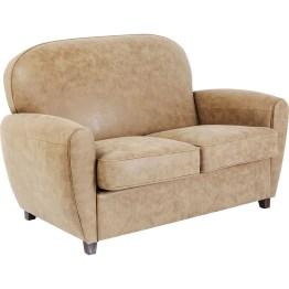 Das Sofa Terra Round bietet mit seinen dicken Polstern und großzügigen Sitzflächen bequemen Platz für zwei Personen. Neben hohem Komfort überzeugt es mit eigenständiger Formensprache. Auch als Sessel. Made in EU.