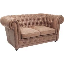 Hervorstechendes Merkmal dieses Sofas sind die Polsterknöpfe