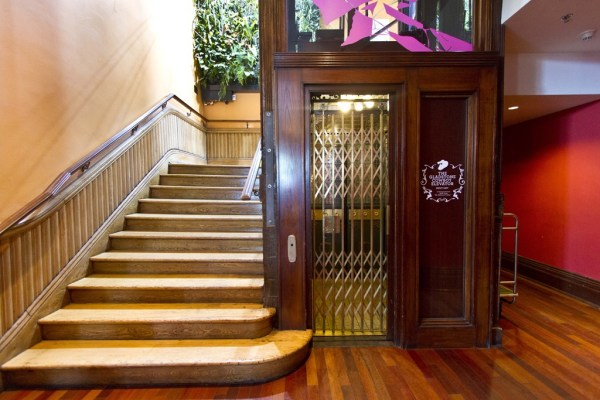 Gladstone Hotel elevator