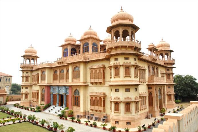 Risultati immagini per Mohatta Palace Museum
