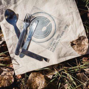 tenedor, cuchillo, cuchara de acero inoxidable