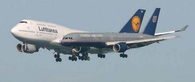 Merging Planes Illusion