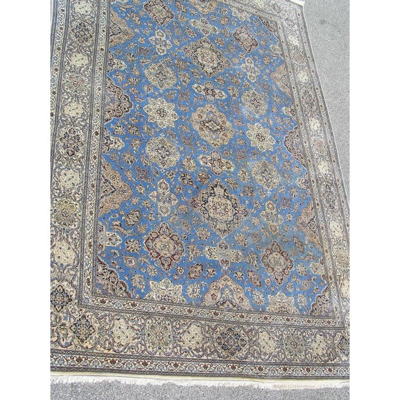 tapis persan en laine avec soie