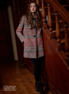 Coat, Sisley; pants, United Colours of Benetton; ankle boots, Gucci, boutique KUL-T