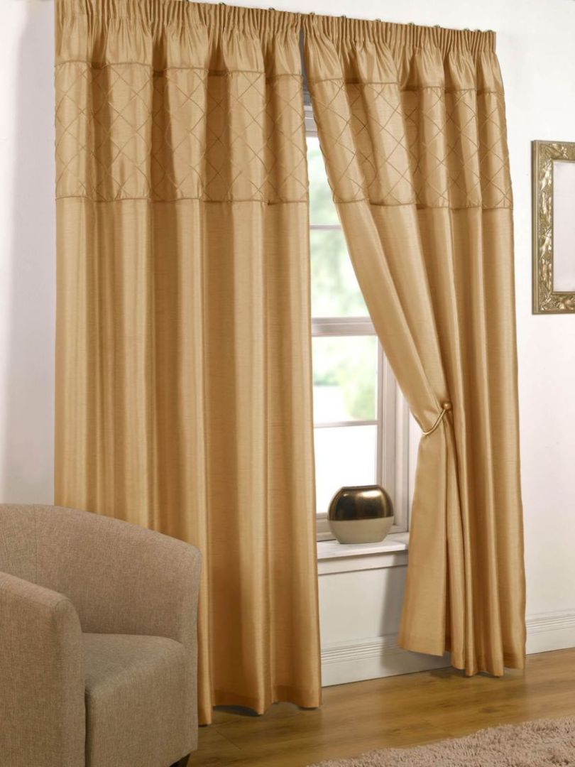 gold-curtains-1-17