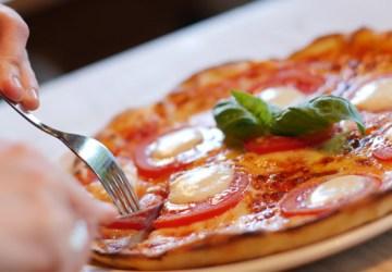 Skvelá pizza zo špaldovej múky a recept na ňu, ktorý vám určite zachutí.