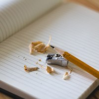 Domáce úlohy nepočkajú – vyberte deťom vhodný písací stolík!