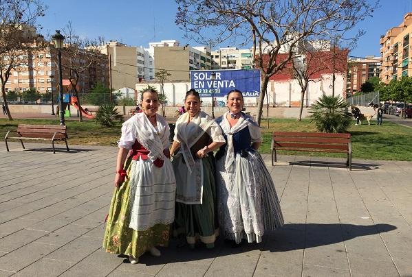 Haljine za feštu. Foto: Ivana Kovačević
