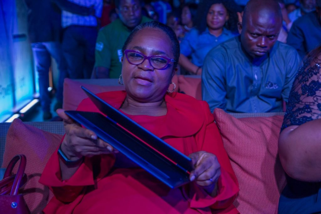 HP Nigeria Launches The HP Elite Dragonfly PC
