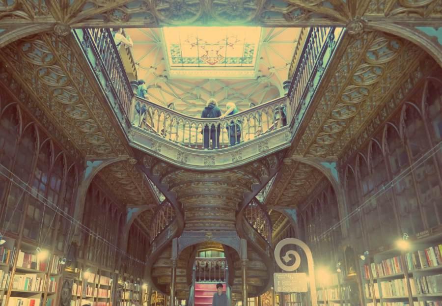 Die Buchhandlung Lello e Irmao in Porto, Portugal