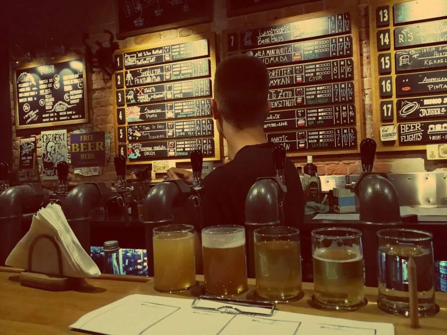 Craft Beer Bar Warschau Jabeerwocky