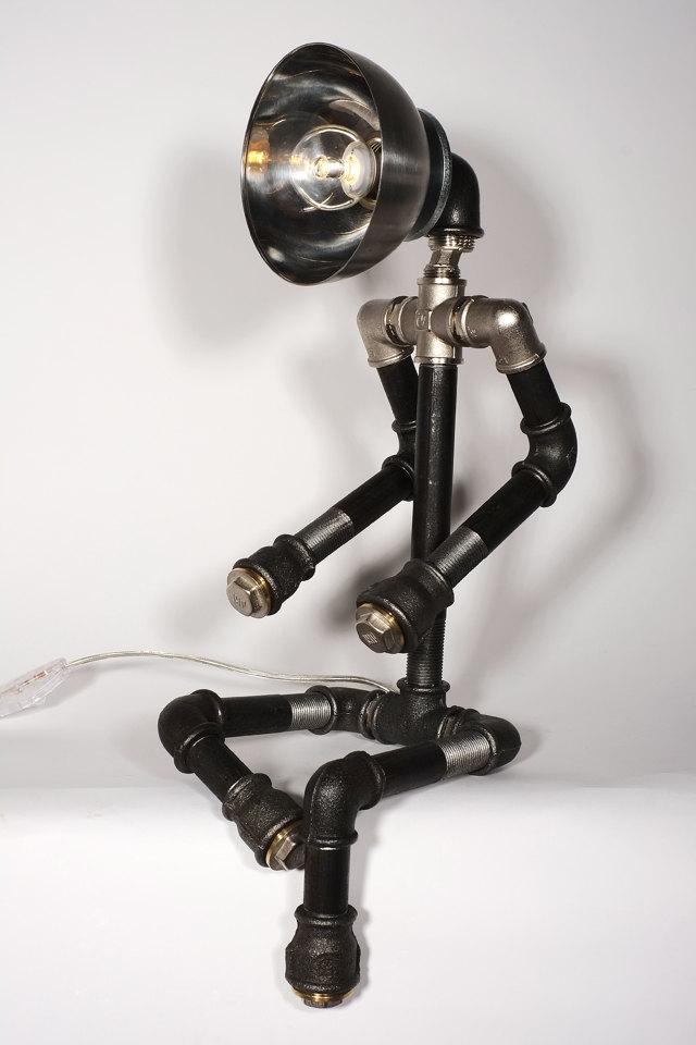 namjestaj-izraden-iz-vodovodnih-cijevi-2