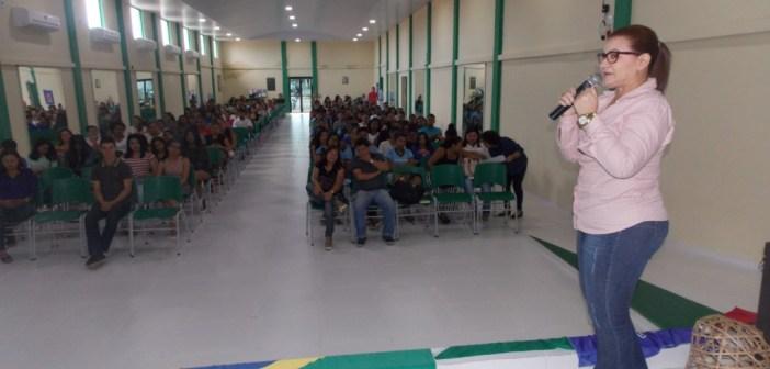 Cursinho Popular de Moju beneficia 180 alunos e realiza Aula Inaugural