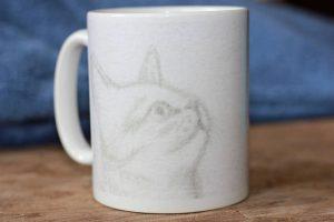 artemie sawugo mokkerij kat schets original art beker
