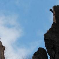 il moncone rimasto la la parte esterna fuori terra si trova a 4-5 mt