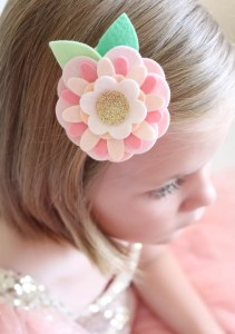 Make Felt Flower Hair Clips with Sizzix