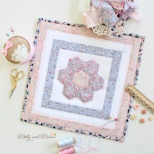 The Flora Mini Quilt Tutorial