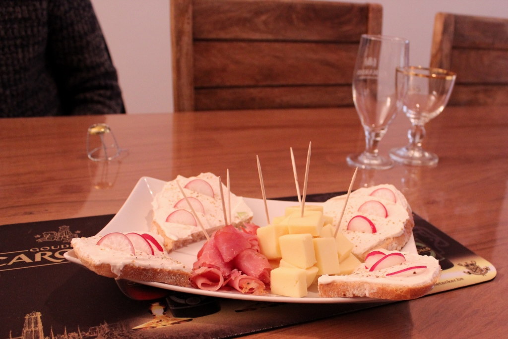 Radish and cheese