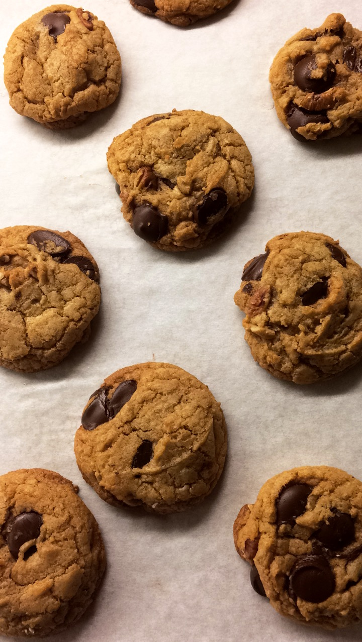 TWO Bowl Chocolate Chip Cookies