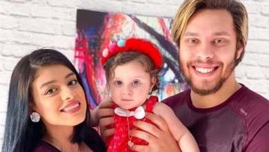 صورة القبض على اليوتيوبر أحمد حسن وزوجته لاتهامهما باستغلال طفلتهما في نشر فيديوهات