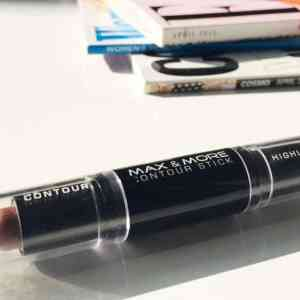 Max and More Contour and Highlight Stick | Review