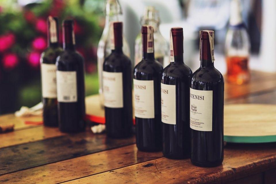 tuinfeest organiseren, wijn