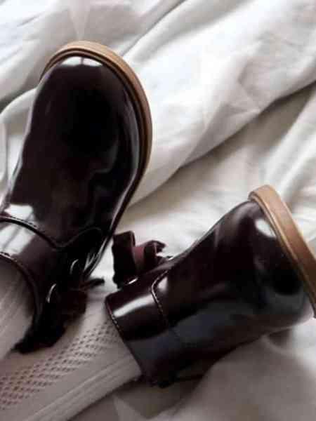 Leia's Outfits | Poederroze ZARA bermuda met bordeaux lak laarsjes