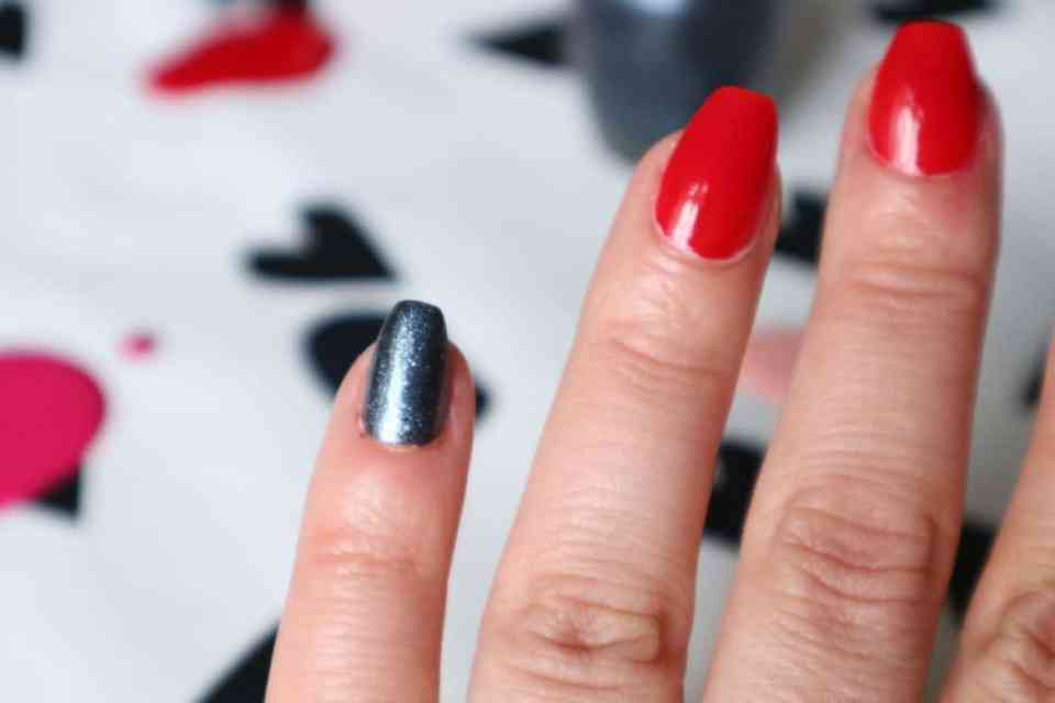 OPI Grease Collection :Tell Me About it Studd danny & sandy 4 ever momambition.nl
