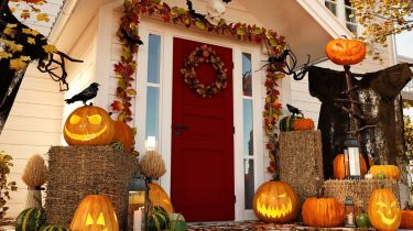 Ways To Have the Best Halloween House on the Block