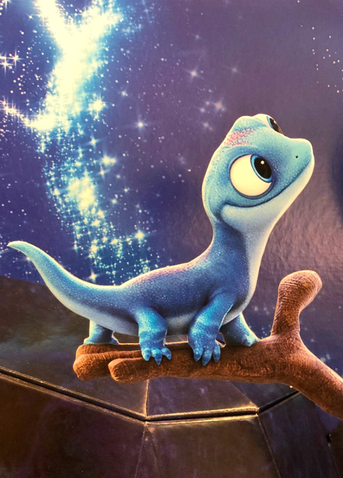 Why Frozen 2 Is Better Than The Original Frozen 2 Movie Review Mom Endeavors