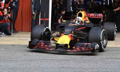 Red Bull en los test de Barcelona 1