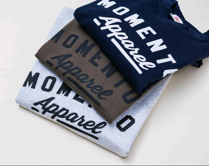 Momento Galway Apparel T-Shirts